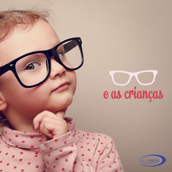 55027b261870d Como devem ser os óculos da criança